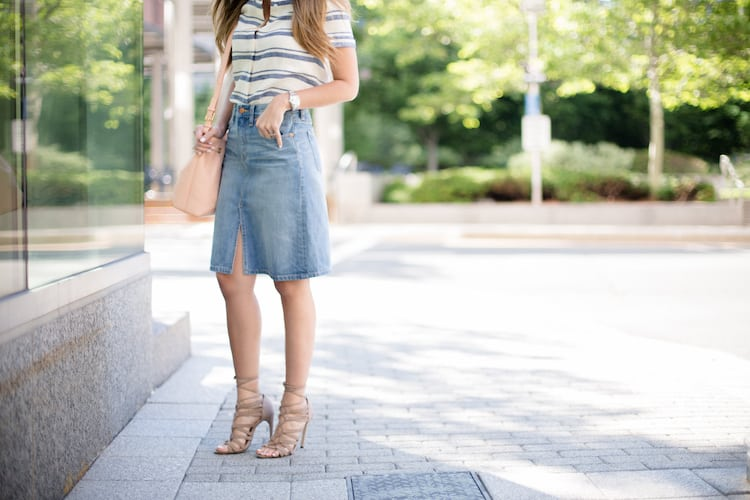 Madewell Denim Skirt, Alice & Olivia Striped Crop Top, Forever 21 Lace-up Sandals, Reiss Bucket Bag, Free People Mirrored Sunglasses