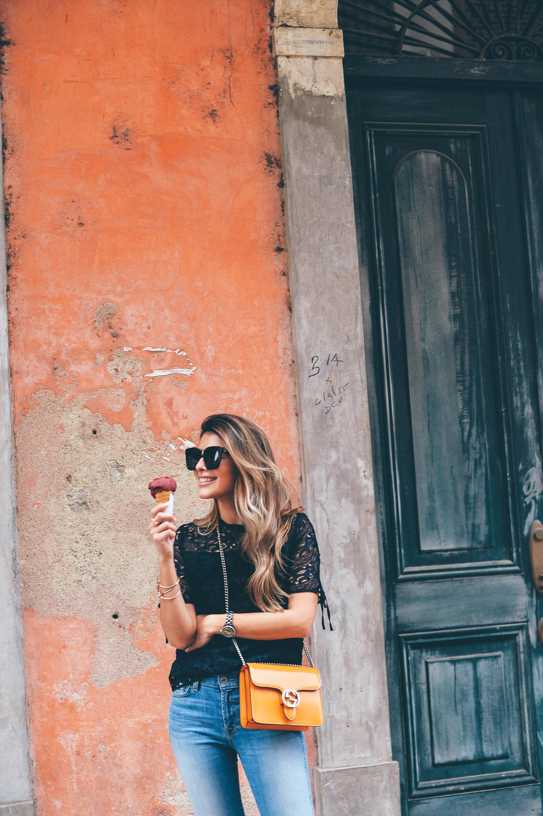 Pam Hetlinger, The Girl From Panama wearing an H&M crochet top, 7 for all mankind cropped jeans, gucci bag, and asos lace-up sandals. Spring Denim.