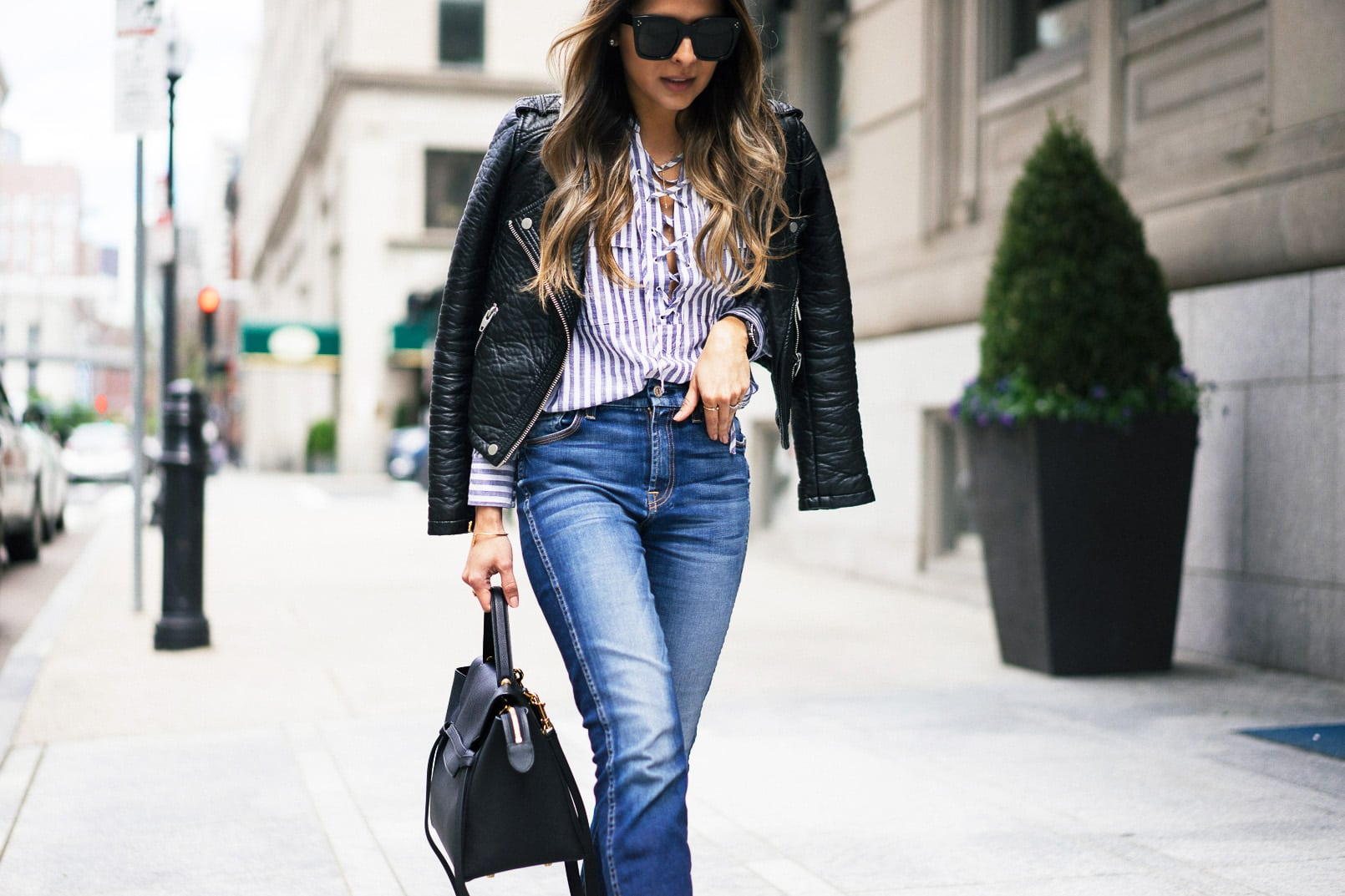 7fam ankle skinny jeans, black pumps, leather jacket, lace-up shirt, back to basics, casual look