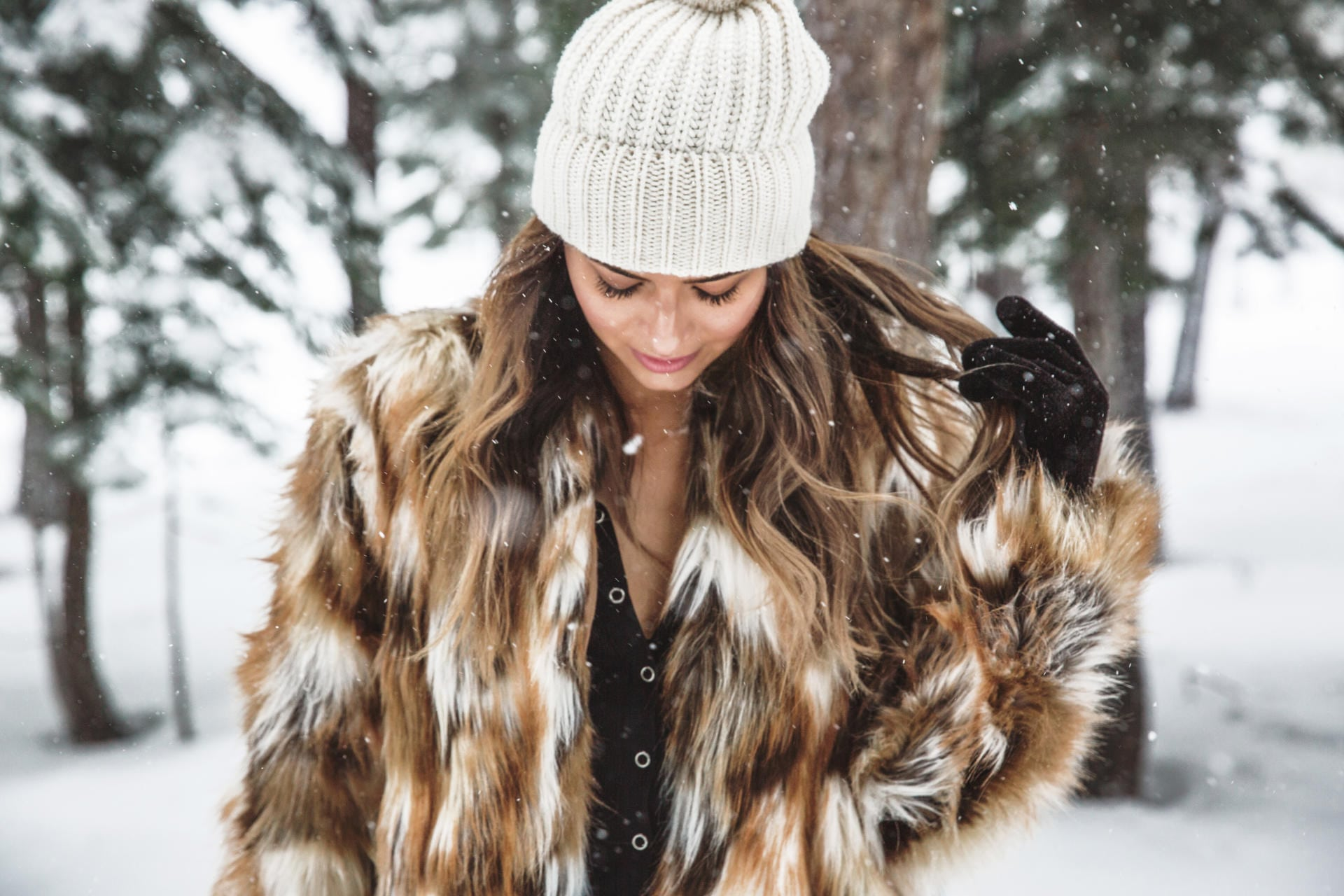top 10 functional faux-fur jackets | The Girl From Panama @pamhetlinger