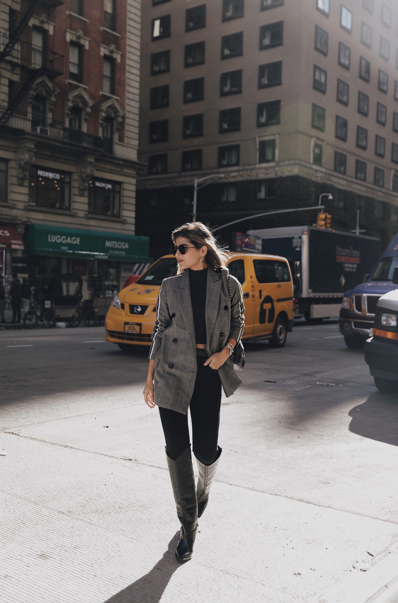 Your Guide to the Best Fall Boots by Pam Hetlinger | TheGirlFromPanama.com | Western Boots, croc embossed boots, chic fall outfit with boots
