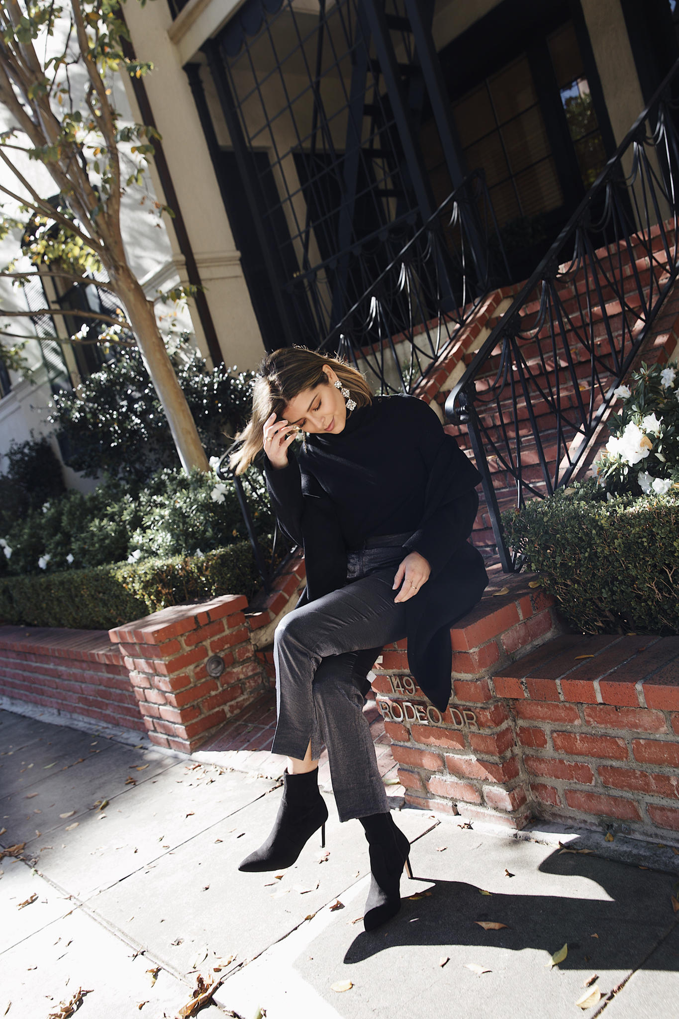 2018 Holiday Style Guide by Pam Hetlinger | TheGirlFromPanama.com | Ann Taylor outfit, professional holiday look, office party outfit for christmas