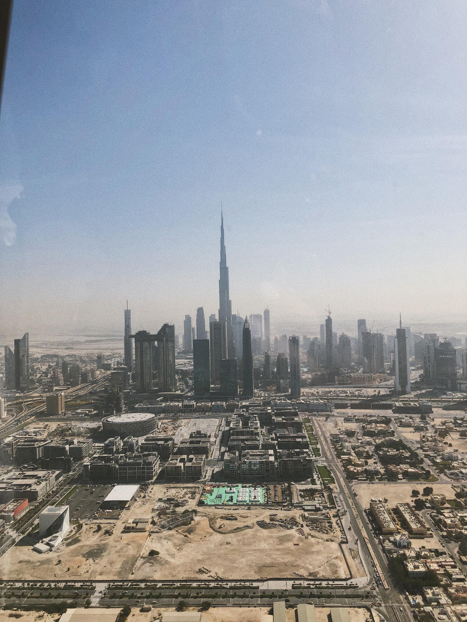 How to Spend 5 days in Dubai by Pam Hetlinger | TheGirlFromPanama.com | Dubai Travel Guide, Instagrammable spots dubai, fashion bloggers in dubai, dubai helicopter ride, fly high dubai