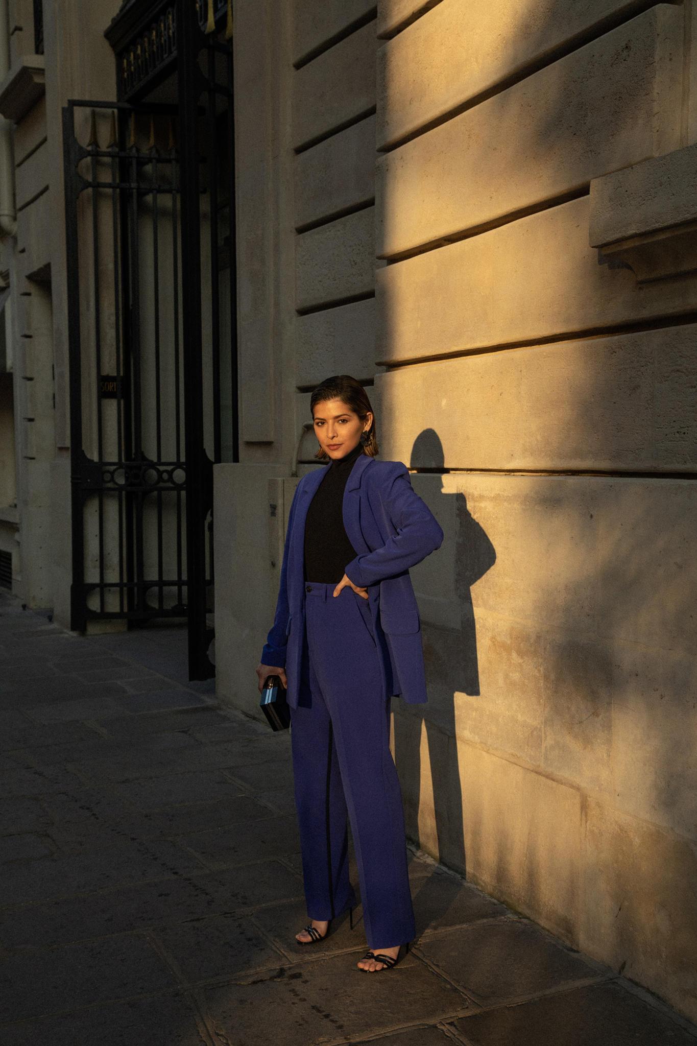 Paris Fashion Week FW19 Recap by Pam Hetlinger | TheGirlFromPanama.com | paris fashion week street style, fashion week spring 2019 street style, purple suit, hair pins trend, sleek hairstyle