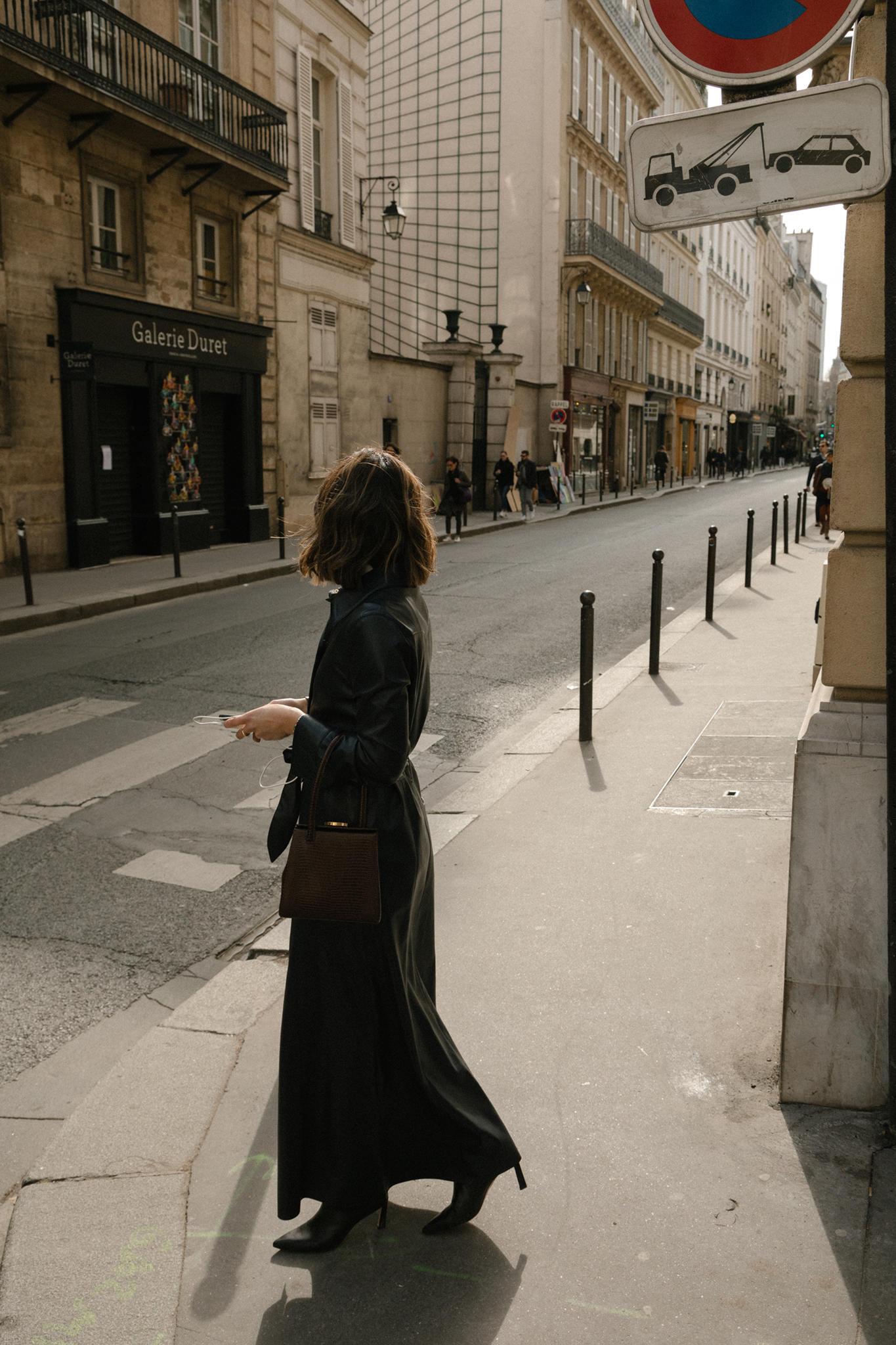Paris Fashion Week FW19 Recap by Pam Hetlinger | TheGirlFromPanama.com | paris fashion week street style, fashion week spring 2019 street style, leather shirt dress, nanushka dress, little liffner bag
