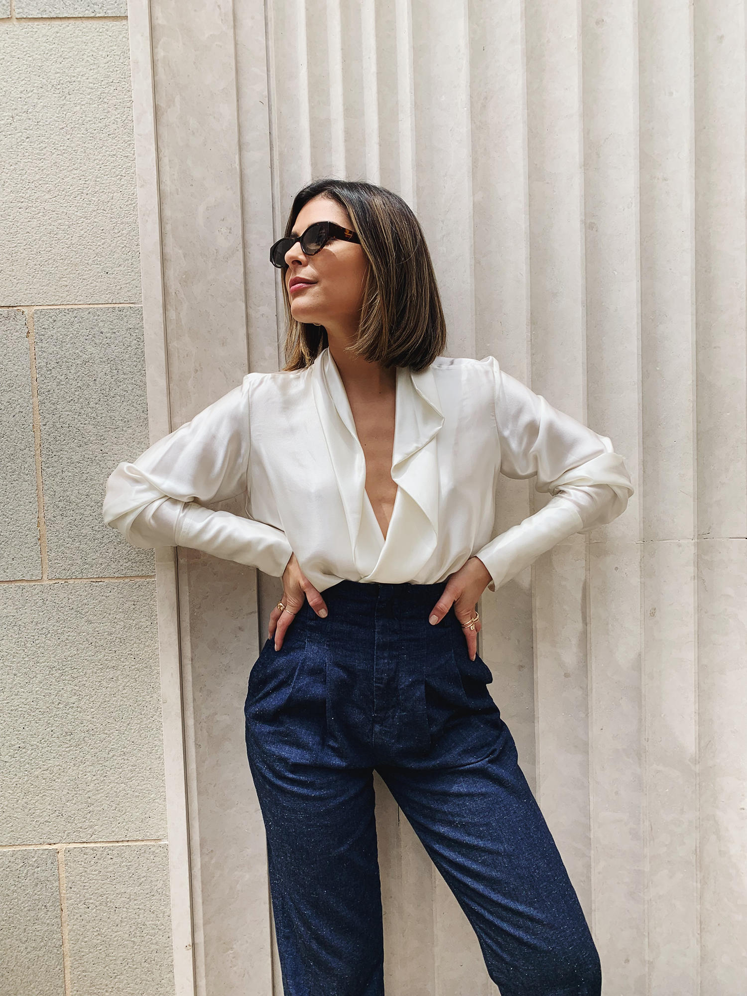 stylish white tops for summer, chic white tops, white blouse, chic blogger style, pam hetlinger style | the girl from panama